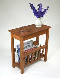 Small side <b>table</b> with <b>magazine</b> rack – the simple but very stylish ...
