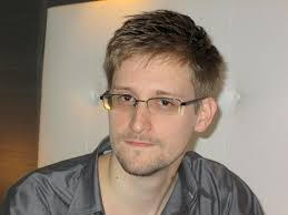 "(Ewen MacAskill/The Guardian via Reuters). ""Those people should be shot in the balls,"" Snowden apparently said of leakers in a January 2009 chat. - wonk0610"