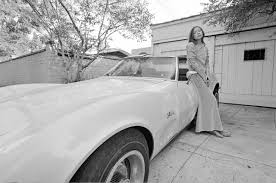 the hidden smile of joan didion photos the daily beast julian wasser