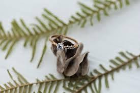 Золотое <b>помолвочное кольцо SOKOLOV</b> 017582_s с фианитом ...
