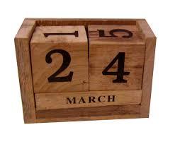 Giyana <b>Mango Wood</b> Never Ending Date Calendar for <b>Office Desk</b> ...