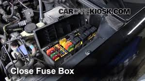 blown fuse check 1995 2001 ford explorer 1997 ford explorer xl 6 replace cover secure the cover and test component