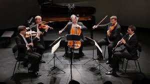 The Zemlinsky Quartet plays <b>Mozart's Clarinet Quintet</b> - YouTube