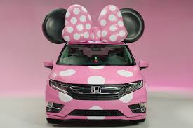 <b>2018</b> Honda Odyssey <b>Minnie</b> Van Debuts at <b>Disney</b> D23 Expo ...