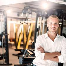 mikael fredholm from fitness to tech industry video interview we decided to discover the stories behind the tech entrepreneurs that are building their businesses on foreign lands we started from r ia a