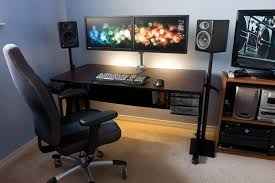 18 really amazing computer stations twistedsifter amazing computer desk small