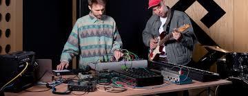 <b>NI Komplete</b> Audio 6 mkII: <b>аудиоинтерфейс</b> от <b>Native Instruments</b>