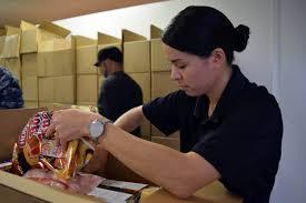 navy week provides essential volunteer aid to local food bank bossier city la 25 2015 lt cmdr maura