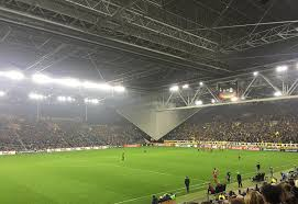 File:<b>Vitesse</b> Arnhem <b>vs</b> Zulte Waregem (0-2).jpg - Wikimedia ...