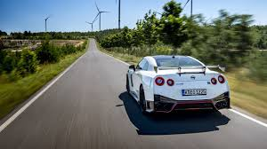 The 2020 <b>Nissan GT</b>-<b>R</b> NISMO – the perfection of a legend - YouTube
