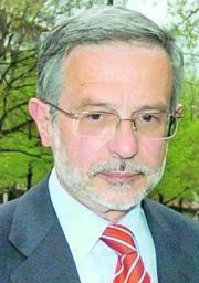 Jorge Esparza Martín. Además de sus delitos monetarios Roldán realizó acusaciones de varios altos cargos en ... - NAC_NAC_web_13