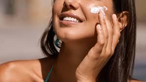 Советы экспертов: как использовать <b>солнцезащитный крем</b> ...