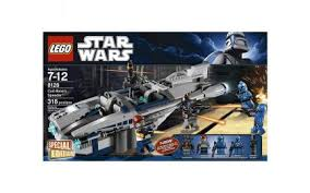 <b>LEGO Star Wars</b>