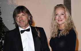 <b>Iron Maiden</b> frontman Bruce Dickinson issues statement after <b>death</b> ...