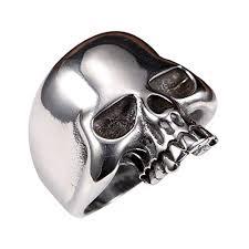 <b>Skull</b> Ring: Amazon.com