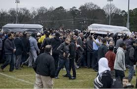 امريكا - آلاف يشاركون في جنازة ثلاثة طلاب عرب قتلوا في نورث كارولاينا