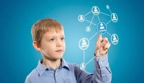 Image result for سن مجاز کودکان برای ورود به شبکه های اجتماعی