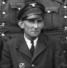 BIZIEN Marcel-Yves. GO. Marcel-Yves Bizien est né le 30 novembre 1920 à <b>...</b> - BIZIEN-Yves