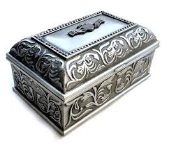 Vintage <b>Pewter</b> Celtic Claddagh Box <b>Pewter Trinket</b> by <b>flabbyrabbit</b> ...