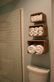 over the toilet bathroom shelves