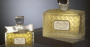 <b>Miss Dior</b> – Decoding a Bottle of Love ~ Vintages