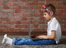 Детские и молодежные <b>наушники eKids</b>: это так стильно!