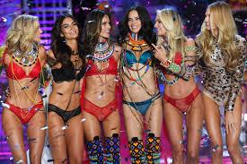 Victoria's Secret only hires <b>super</b>-<b>skinny</b> models — and that's a ...