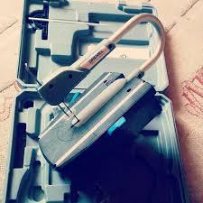 <b>Лобзик Dremel Moto-Saw</b>   Изготовление вывесок из пенопласта ...