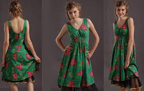 Sukienka z motywem ludowym