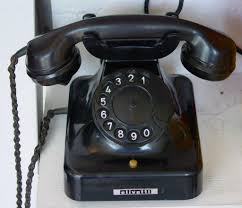 <b>Telephone</b> - Wikipedia