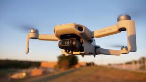 DJI Mavic <b>Mini</b> In-Depth Review: The Ultralight <b>Drone</b> for Every ...
