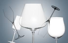 #инструктаж: как выбрать <b>бокал для вина</b> :: Вещи :: РБК Стиль