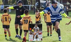 NRL <b>New</b> Zealand <b>Warriors star</b> Shaun Johnson acts as waterboy ...