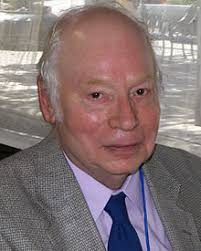 Steven Weinberg at the 2010 Texas Book Festival - 220px-Steven_weinberg_2010