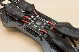 emax nighthawk 250 fpv racer build overview rc geeks blog the power board is attached to the bottom of the airframe s main plate using thick double sided sticky tape 4 screws secure the cc3d flight controller