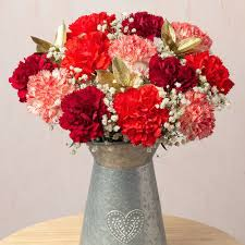 Christmas Flowers | <b>Christmas Candy</b> Bouquet | Bunches