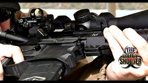 Vortex Venom 3 MOA Red Dot Review on AR15 with Midwest ...