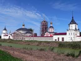 <b>Троице</b>-<b>Сергиев Варницкий монастырь</b> в Ростове Великом