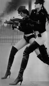 Woman with gun: лучшие изображения (72) в 2019 г. | Оружие ...