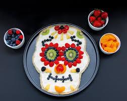 Healthy Day Of The Dead <b>Sugar Skull</b> Fruit Pizza Dessert