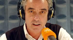 ... de Canal Sur Radio, Rafael Guerrero Moreno, que con este espacio ha sido, entre otros reconocimientos, Premio Andalucía de Periodismo y también Premio ... - rafael%252520guerrero