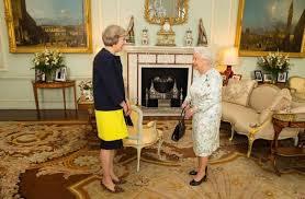 Risultati immagini per foto di Theresa May nel parlamento Inglese