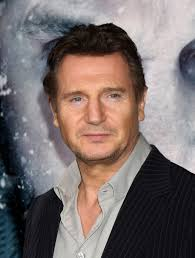 At 61, celebrated actor Liam Neeson still appears good looking and youthful. And it's probably because he knows exactly how to carry himself. - Liam-Neeson_celebhairdo