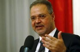 اليمن - حكومة صنعاء تتهم حكومة هادي بفتح جبهات قتال جديدة