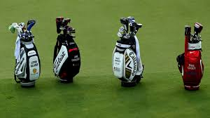 Tips for <b>traveling</b> with your golf clubs