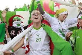 الجزائر تخترق التاريخ وتتاهل الى الدور الثمن النهائي (1..2..3..viva l'algérie ) Images?q=tbn:ANd9GcQuGHYzQKTsEY2phMkT4mbkqXaWGbzTDdvNZKKuCnBQ0Bti1lBDsQ