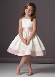 ملابس اطفال images?q=tbn:ANd9GcQ