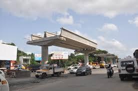 kochi metro viaduct under construction at kalamassery