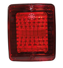 <b>Tail Lights</b> with a bright red colour of top quality - StrandsEurope