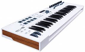 Купить <b>MIDI</b>-контроллер <b>ARTURIA KeyLab</b> Essential 49 с ...